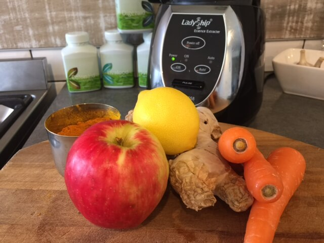 Carrot, ginger & turmeric smoothie