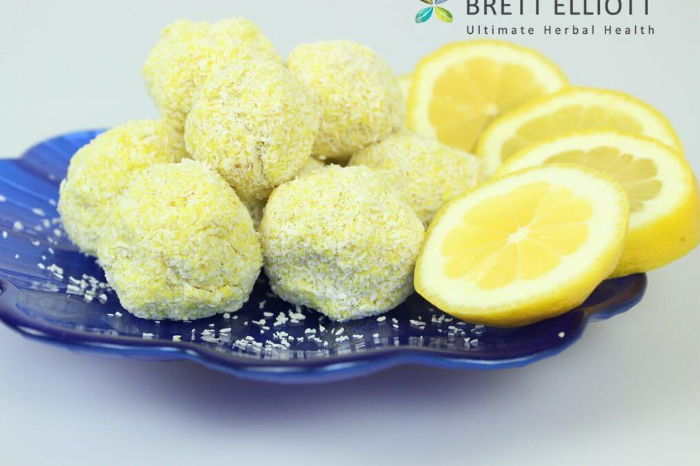 Lemon and Chia Protein balls (with Turmeric)